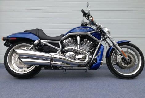 2009 Harley Davidson VRSCAW 13,495$