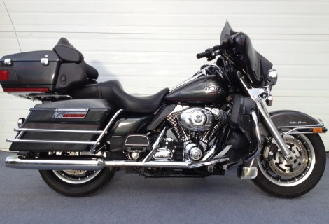 2007 Harley FLHTCU 15,995$