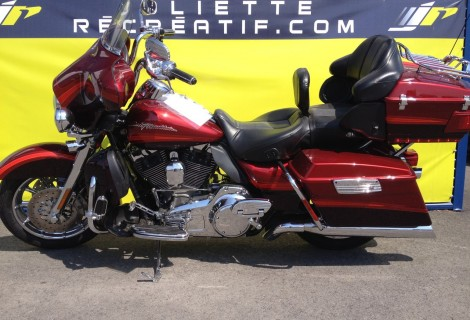 2009 Harley FLHTCUSE