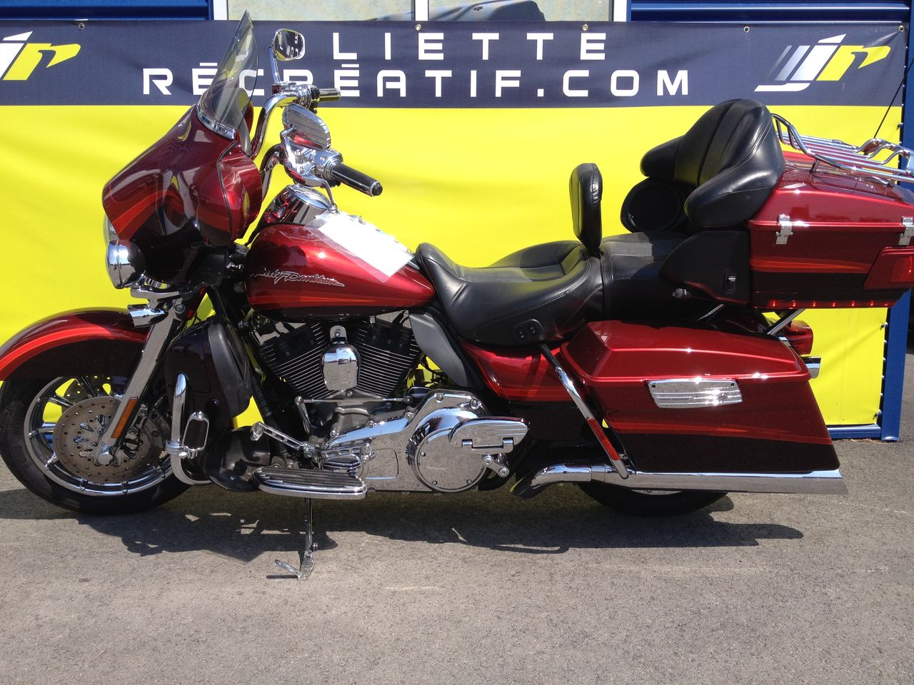 2009 Harley FLHTCUSE 21,995$