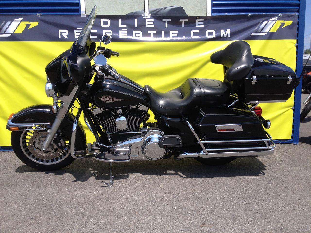 2011 Harley FLHTC 19,995$