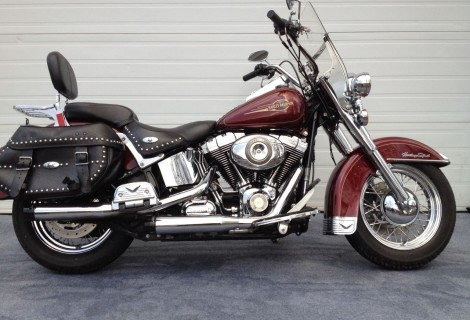 2008 Harley FLSTC 11,995$