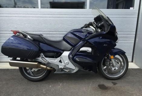 2004 Honda ST1300 6,495$