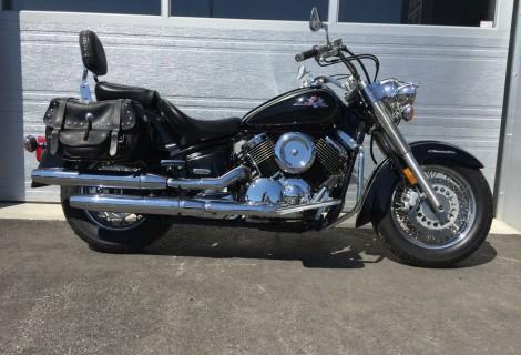 2000 Yamaha XVS 1100 V-Star 2,695$